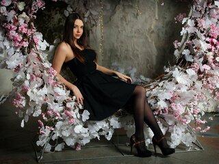 Jasmine LilyCarlie